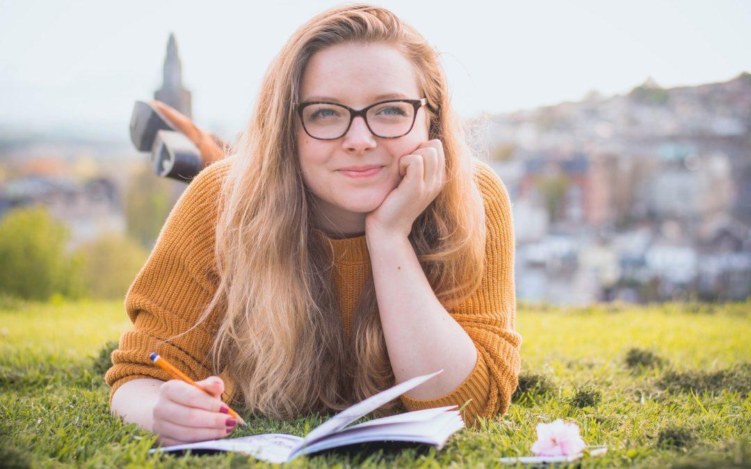 Simple 2021 Summer College Application Checklist